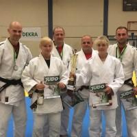 Pokalfreude in der Mannschaftswertung beim DEKRA Turnier in Belzig